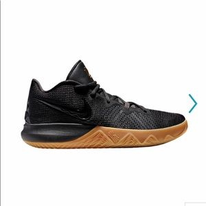 Nike Kyrie Flytrap Basketball Shoes Men's
